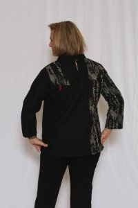 Textured Print Patch Top w/Slant Pocket